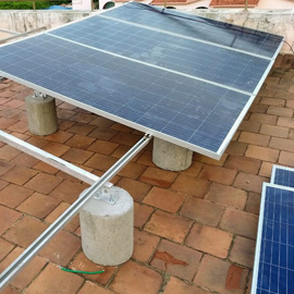 Flat roof solar structure